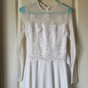 Vintage long sleeve white wedding dress